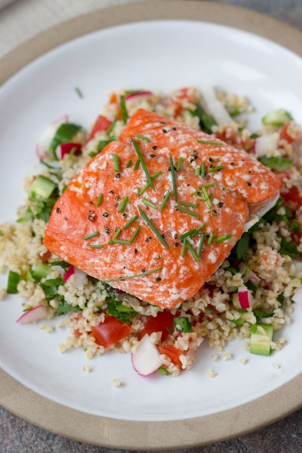Roasted salmon on tabouli