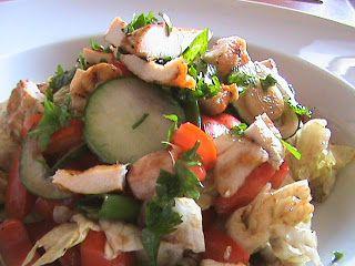 Salata cu piept de pui la gratar