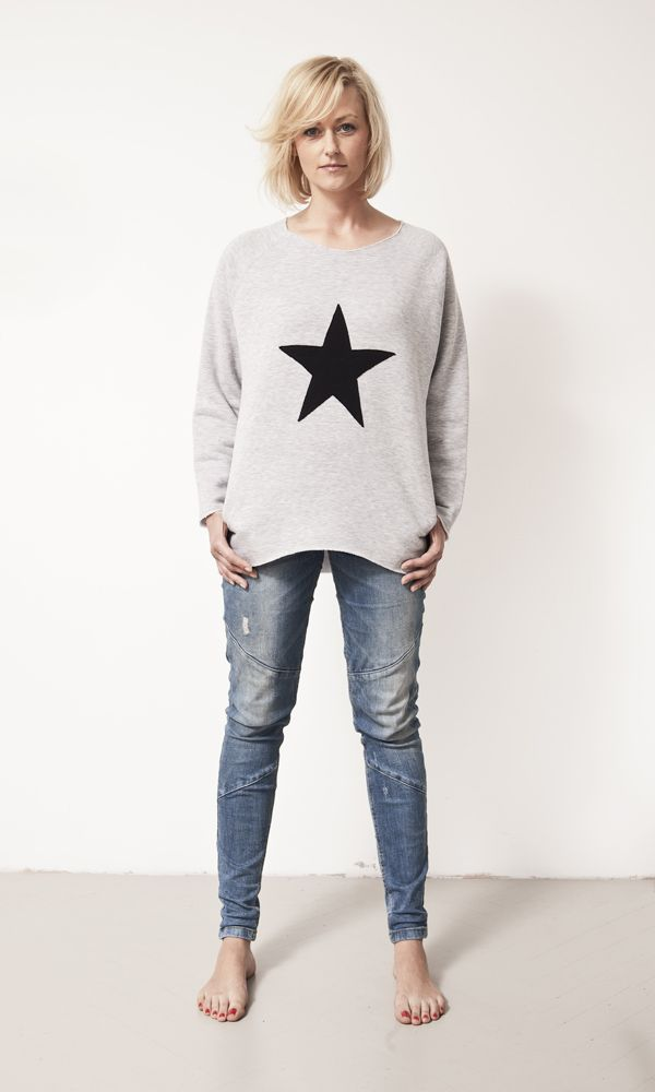 grey blouse with star