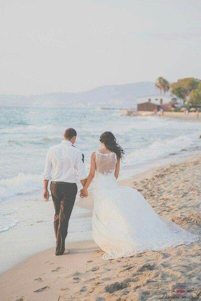 AYZER YORGANCİOGLU  Weddingdress