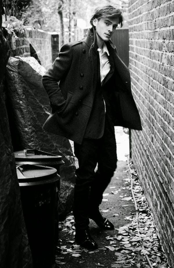PJ - MG - FASHION : Black & White