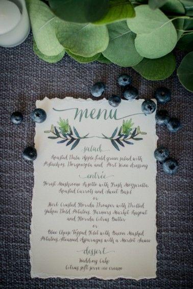 Organic, Blueberry Inspired Florida Wedding via TheELD.com | Miranda Lawson Photography