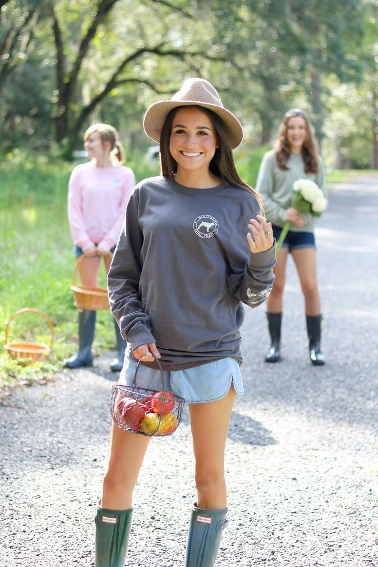 Lead the crowd with Southern Girl Prep! Preppy apparel for adult and youth. | classy | teeen | south | classic | fall | winter | outfits | essentials | casual | ivy league |