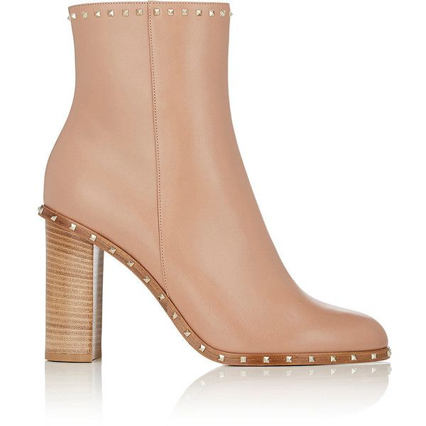 Valentino Women's Rockstud Leather Ankle Boots (€1.270) ❤ liked on Polyvore featuring shoes, boots, ankle booties, ankle boots, tan, short leather boots, tan ankle booties, block heel booties and leather ankle booties