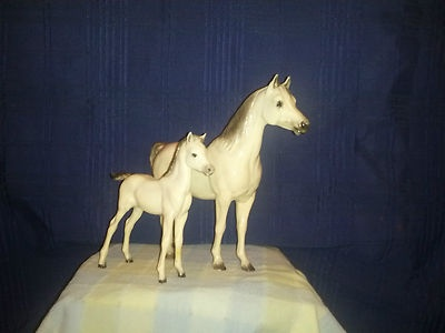 Breyer Alabaster Proud Arabian Mare and Foal glossy  RARE OLD: Breyer Horses, Models Horses
