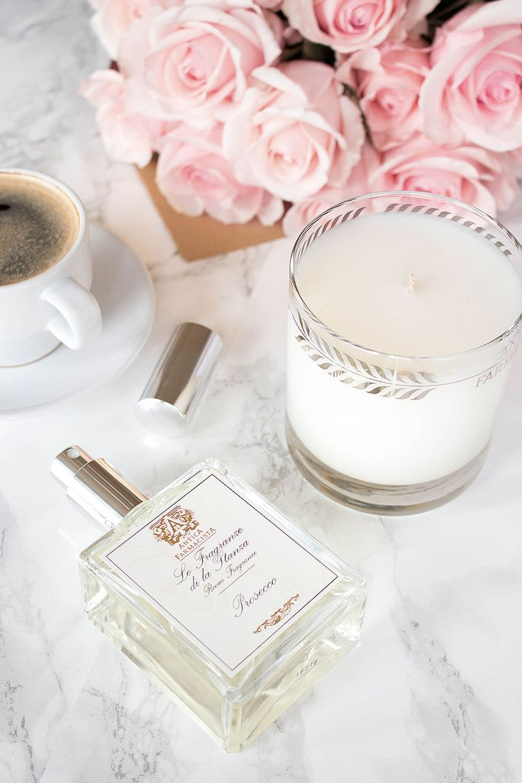 Effortlessly transition into spring with these 5 accessories and scents to try this spring season featuring gold statement jewelry and home fragrances.