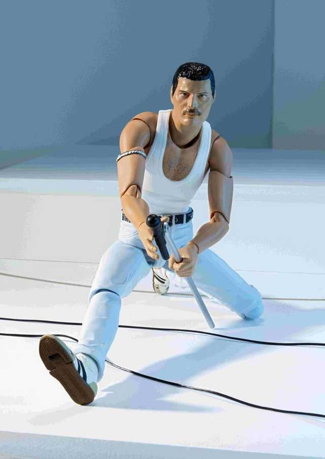 The Tamashii Nations 2019 S H Figuarts Freddie Mercury Live Aid Version Figure Queen Post Freddie Mercury Queen Freddie Mercury Live Aid