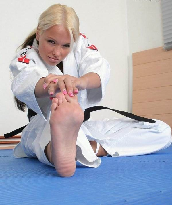 Sexy feet karate woman sex