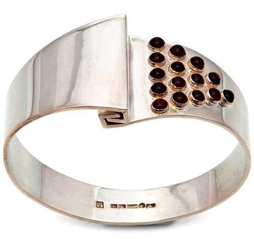1972 Finnish Modernist Garnet Bracelet by Kaunis Koru