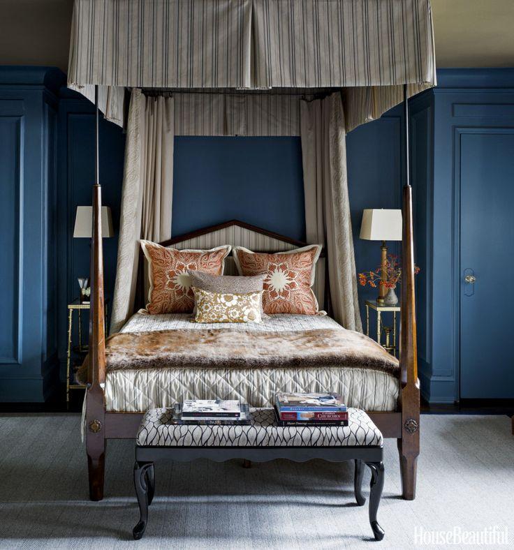 Blue bedroom by Benjamin Moore Blue