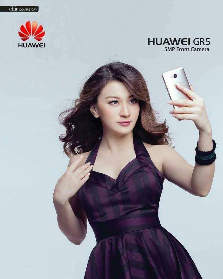Wutt Hmone Shwe Yi #myanmarmodel   Cute, Model, Strapless top