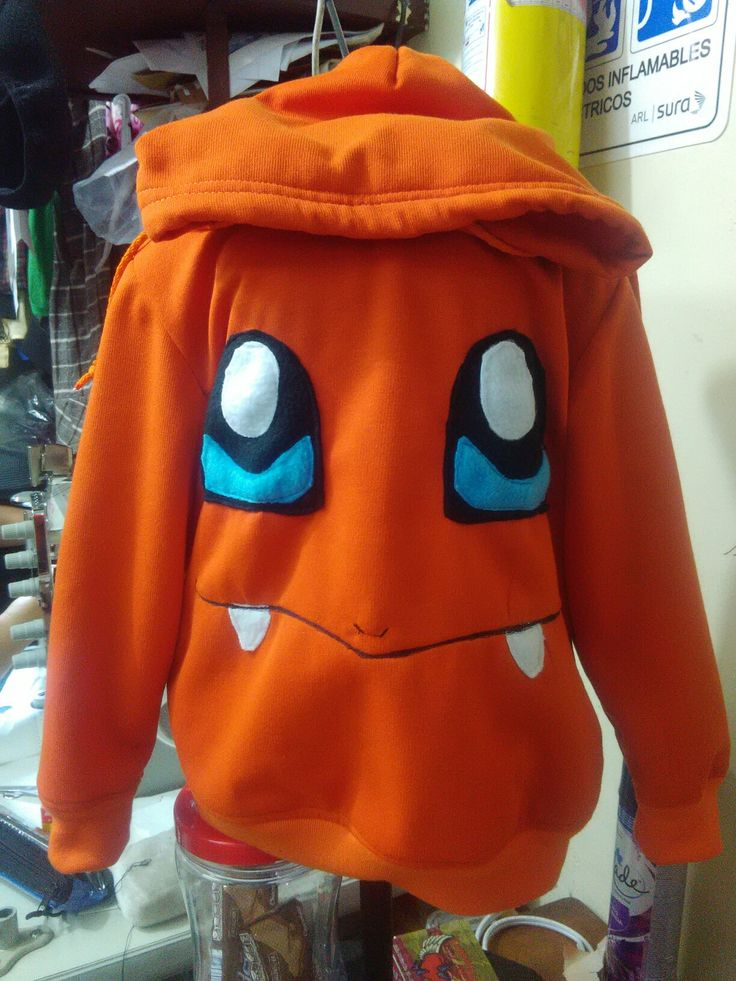 Buso charmander de pokemon talla niño  $40.000 pesos facebook.com/lianfreestyle
