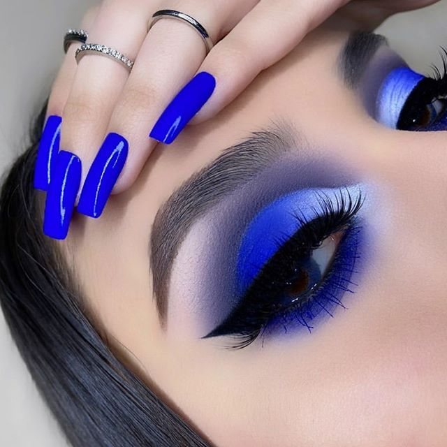 2020 is coming... Merry Christmas to all our followers. We wanted to collect a nice and cute make up image list for you. So best tredn make up ideas w... #looks #fashionclub #beautylooks