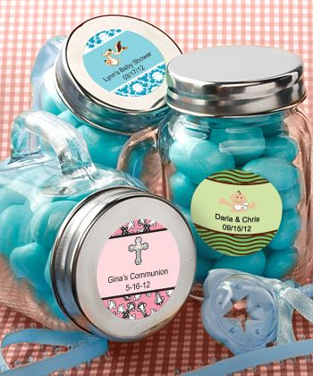 this website allows you to design your on label for the jars. really cute.