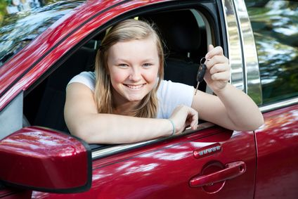 SKS is a Hawkesbury driving school that teaches learner drivers the importance of safe and responsible driving. Our driving instructors are friendly and approachable students will feel confident to ask questions. #hawkesburydrivingschool #drivignschool #driving