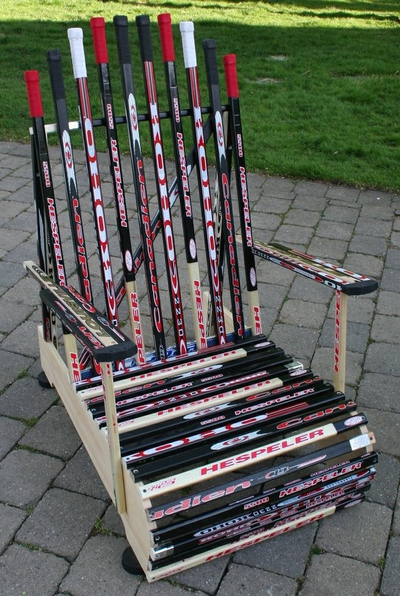 cool use of hockey sticks @Jenn L Andrews perfect for you!!!!