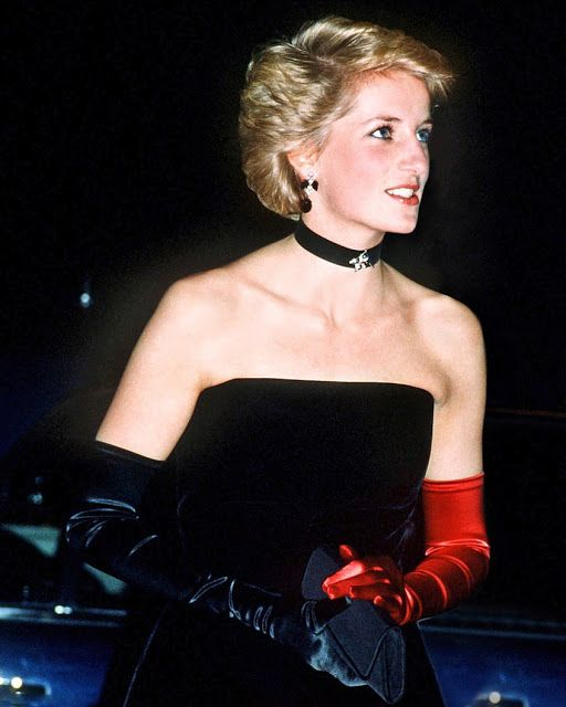 Little is known about this eye-catching arrow shaped brooch featuring diamonds and sapphires that Princess Diana fashioned into a necklace for an America's Cup Ball at the Grosvenor House Hotel in 1986. Her flamenco-style dress was by Murray Arbeid, her earrings were faux onyx stones from her favorite costume jeweler, Butler and Wilson, and she wore mismatched gloves (one black and another red), setting the tone for her most fashion-forward years.