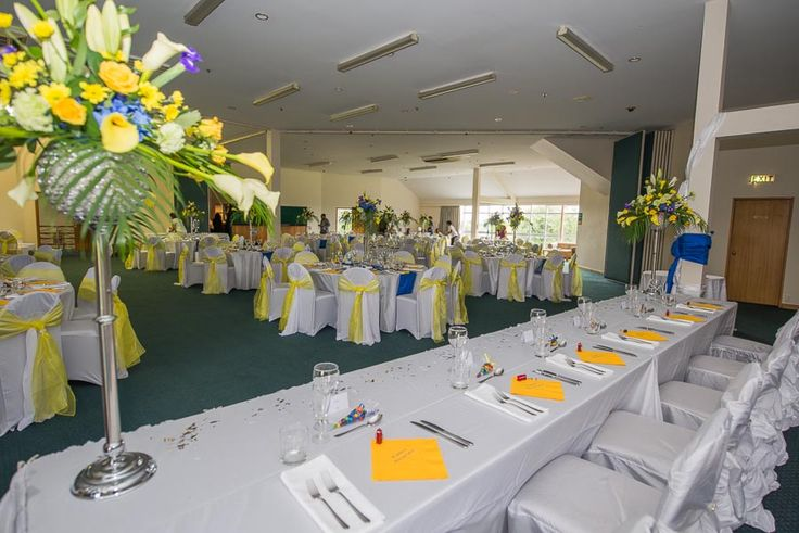 Yellow and blue Indian wedding with a London theme.