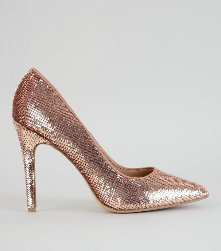 L2017 http://www.newlook.com/row/womens/footwear/shoes/rose-gold-sequin-pointed-heels-/p/534722094?comp=Browse