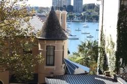 1 bedroom apartment harbour views in Sydney
