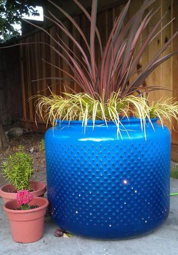 Washing Machine Drum Planter, Awesome Washing Machine Drum Ideas, http://hative.com/awesome-washing-machine-drum-ideas/,