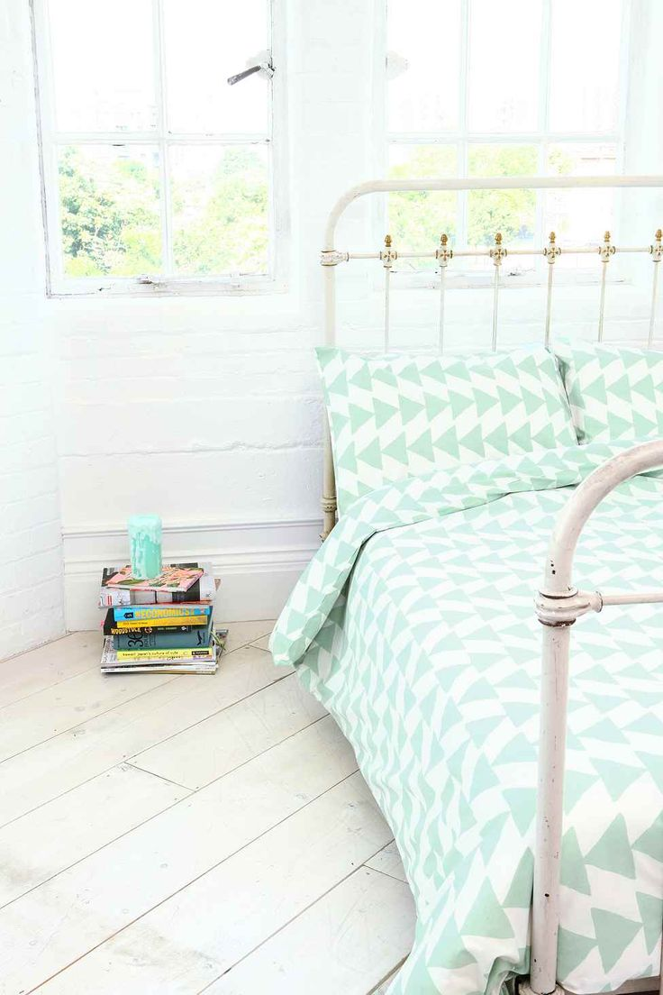 Arrowhead King Size Duvet Set - Urban Outfitters. Minty perfection in this #beddingset. It's cool, calm and collected - the exact opposite of me at bedtime.