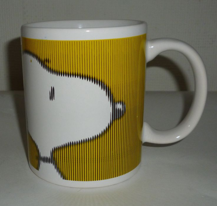 Peanuts Snoopy Yellow Coffee Mug