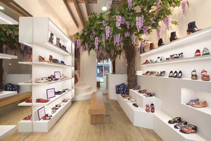 C. PETULA shoe store, Paris » Retail Design Blog