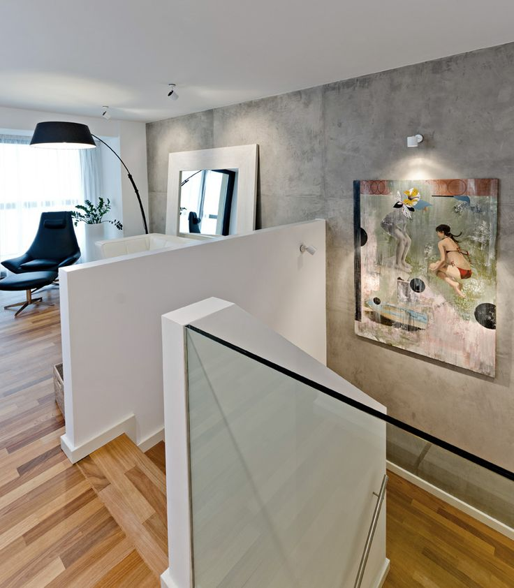OOOOX | CORNLOFT - living room and cement wall