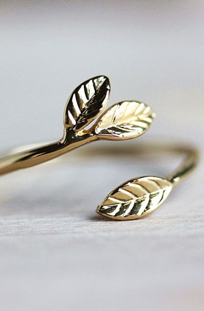 Delicate Leaf Branch ring
