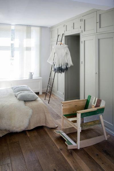 slaapkamer schommelstoel piet hein eek