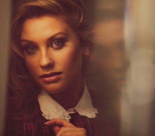 GIRL CRUSH // ELLA HENDERSON // THE MOST AMAAAZING VOICE AND SPIRIT IN THIS GIRL. SHE IS GORGEOUS
