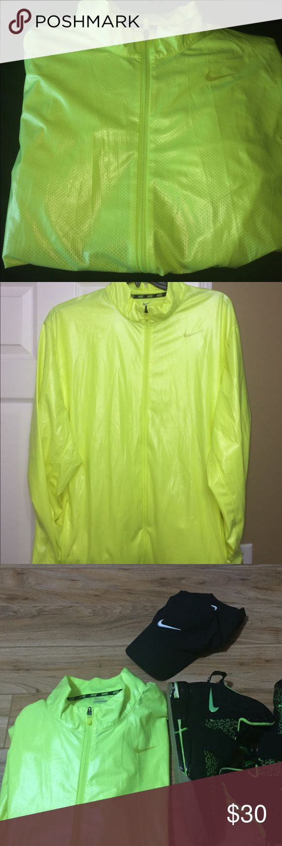 NIKE waterproof jacket💦 Never worn. Durable water-repellent (DWR) construction dominates a no-excuses workout jacket built to shield wind and rain as you're moving. Nike Jackets & Coats Raincoats
