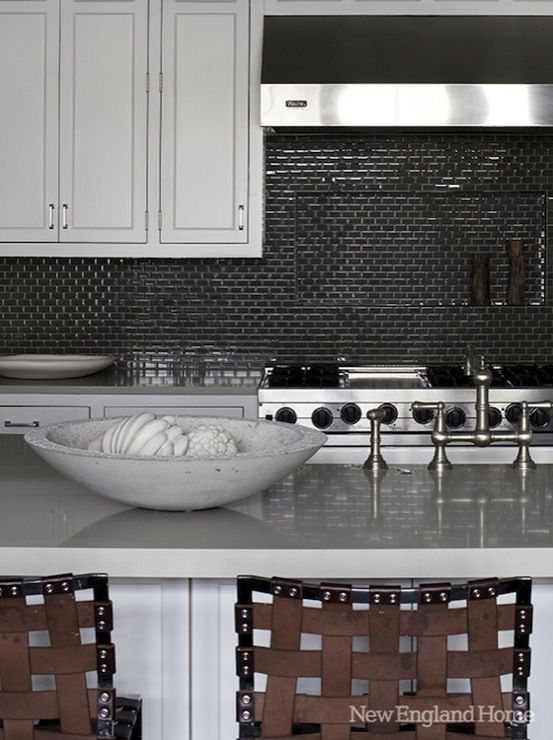 1000 Ideas About New England Kitchen On Pinterest Solid Wood Kitchens New England Houses And
