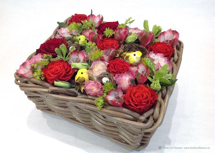 Корзина с цветами.