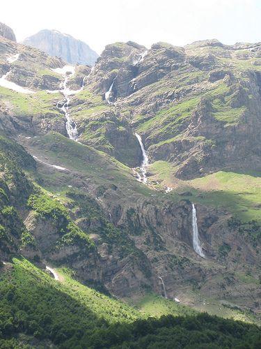 Río Cinca bajando del lago Marboré al Valle de Pineta
