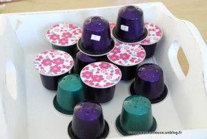 Réaliser un loto des senteurs DIY avec des capsules de café: