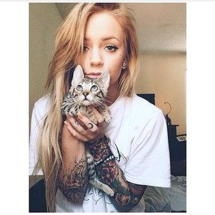 手机壳定制mens free run  nsw And finally not only does this lady have some rad tattoos but she also has a adorable kitten to go with them   Gorgeous Tattooed Women Who Will Make You Want To Get A Sleeve