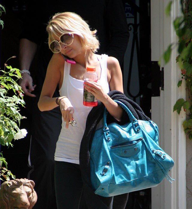 Nicole Richie Balenciaga Work Turquoise- LOVE the bag