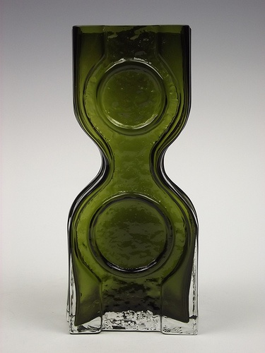 Riihimaki 'Kaappikello' olive green cased glass vase by Helena Tynell