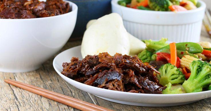 Une épaule de porc qui se fera désirer...Une cuisson lente qui vous donnera une viande très tendre