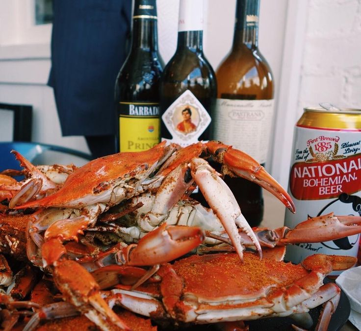 Steamed blue crabs in the summer - what could be better? What Sherry can stand up to them? Derek Brown tested the waters and found crisp Manzanilla to be the winner.  Read the story on Sherry.Wine  #bluecrab #manzanilla #sherrypairing #winepairing