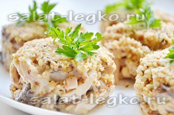 Салаты с кальмарами консервированными