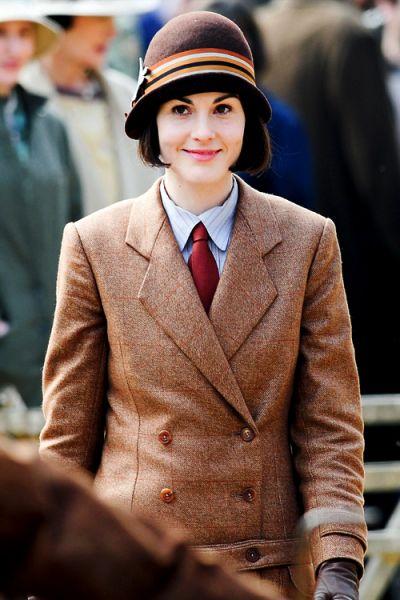 Michelle Dockery, Downton Abbey from Snapped on Set: TV