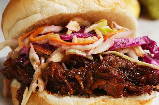 "Vegans Can Still Enjoy Barbecue With This ""Pulled Pork"" Sandwich #VeganFriday"