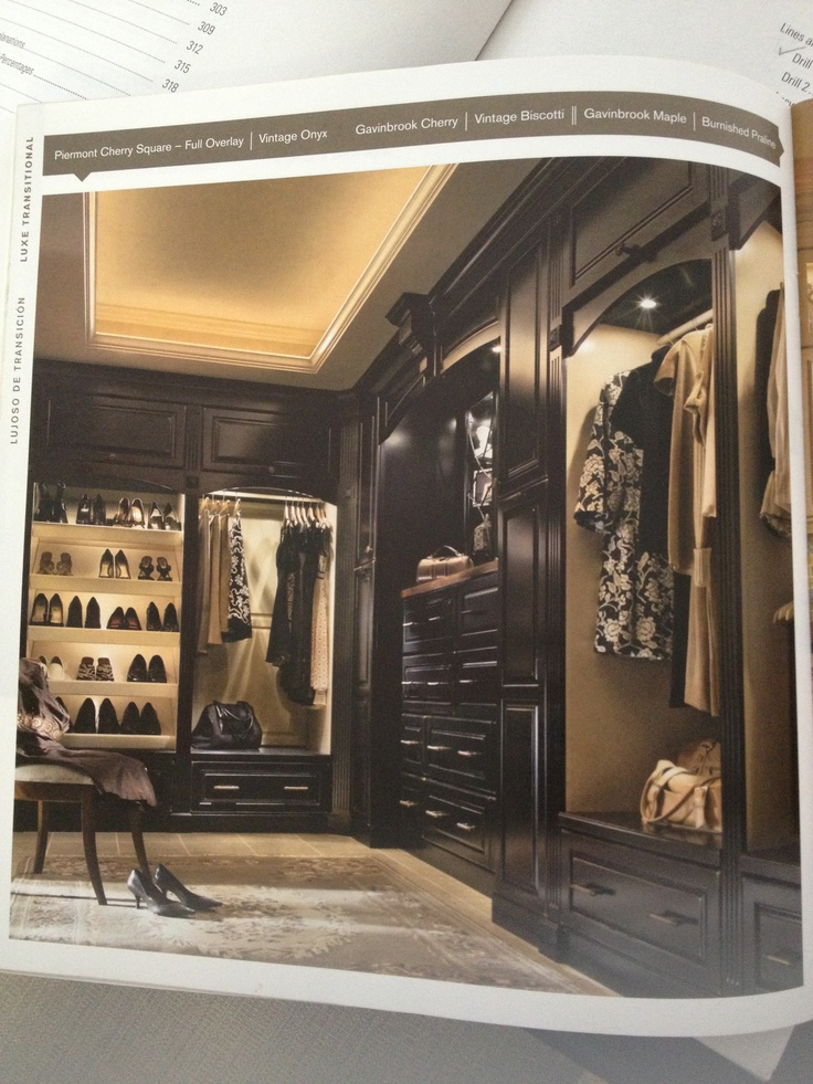 The most amazing closet i 39 ve ever seen for my multiple for Amazing closets