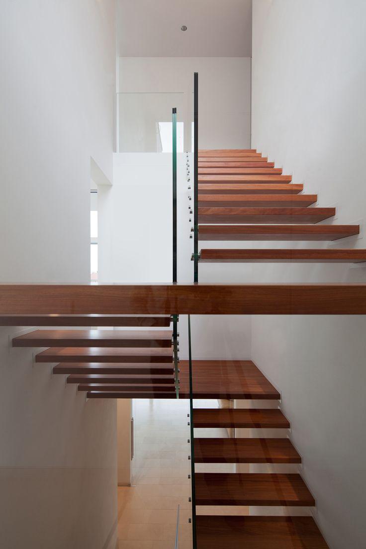 Modernes treppenhaus einfamilienhaus  110 besten Treppen Bilder auf Pinterest | Stiegen, Treppengeländer ...