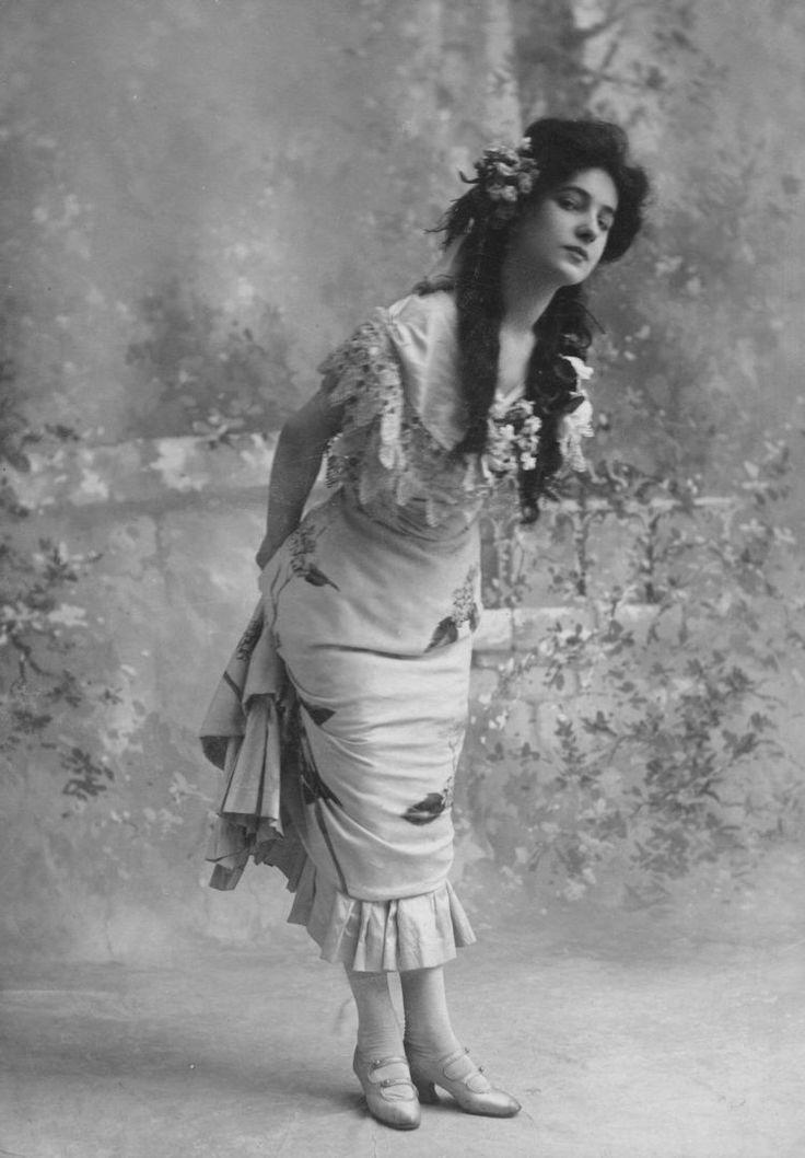 silent–era:  Evelyn Nesbit, early 1900s