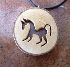 Runas y simbolos celtas e iberos :: Artesania en madera