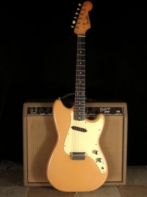 Fender Musicmaster and brownface amp